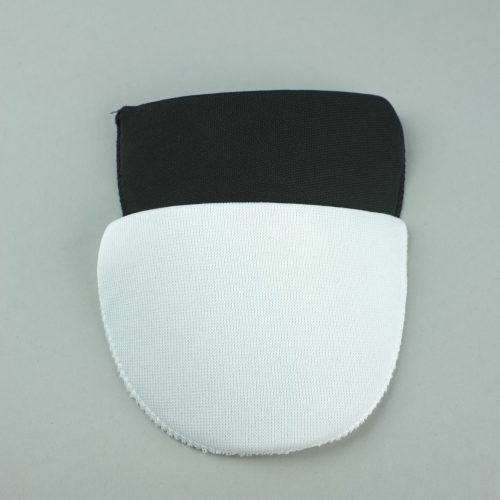 Witte & zwarte kleine rechte schoudervullingen